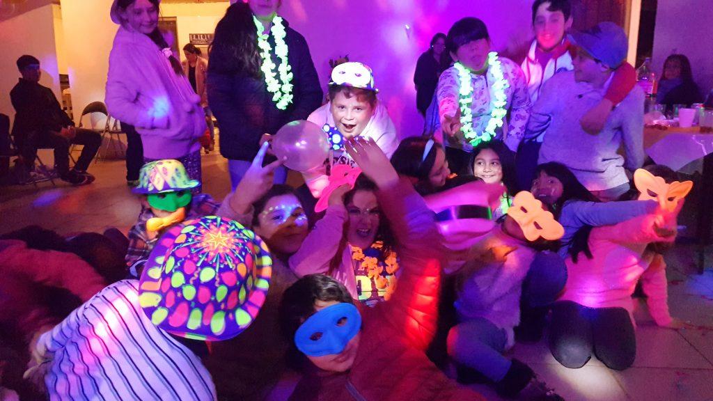 Descubre todo los significados de soñar con fiesta 2020