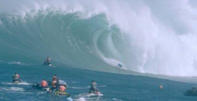 Soñar con olas gigantes. Sus significados más detallados
