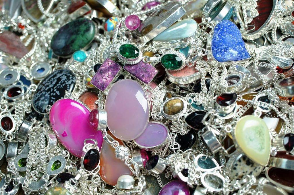 Soñar con joyas, ser lujosos hasta en los sueños 2020