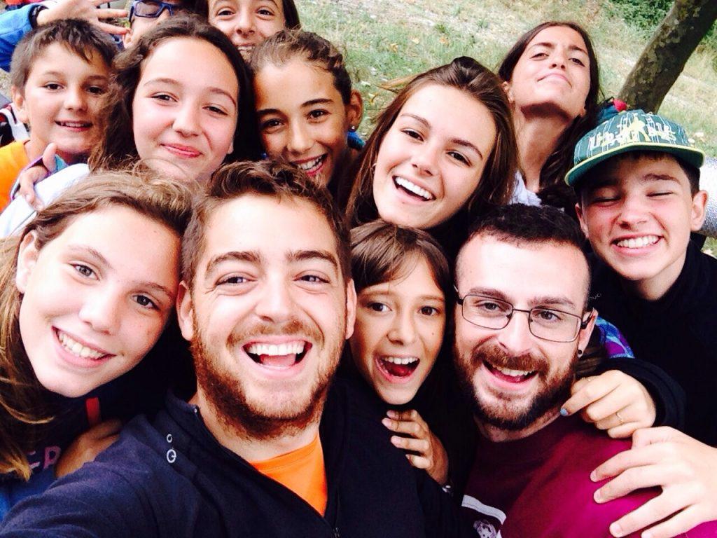 campamentos de verano en espana para ninos jovenes adolescentes multiaventura navarra leon grupo